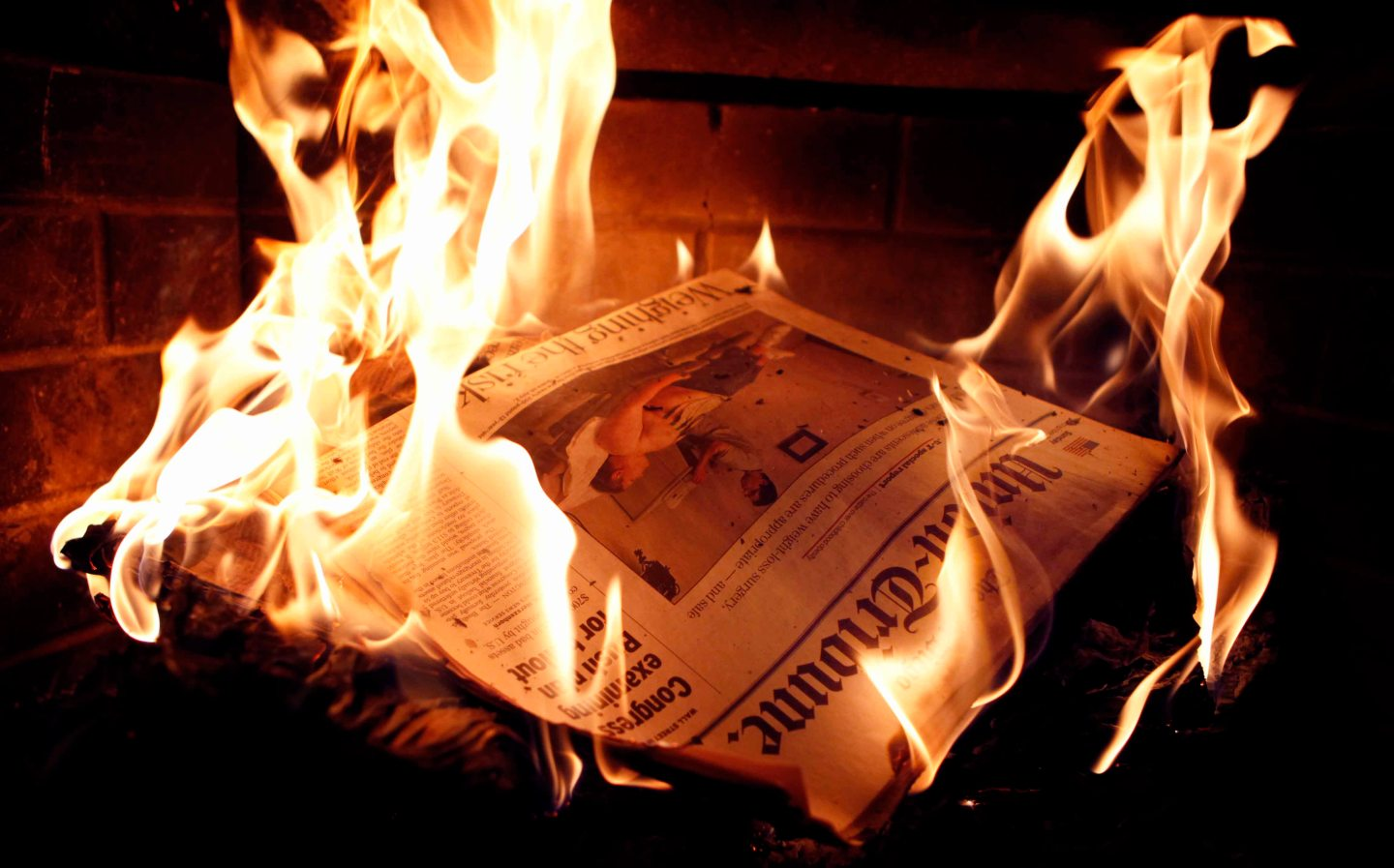 Are tablets killing the newspaperstar?