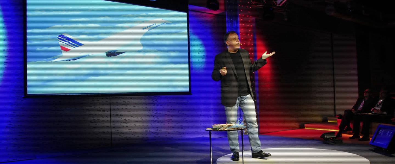 TEDxMoncloa 2012: ecología y evolución de lasinterfaces.